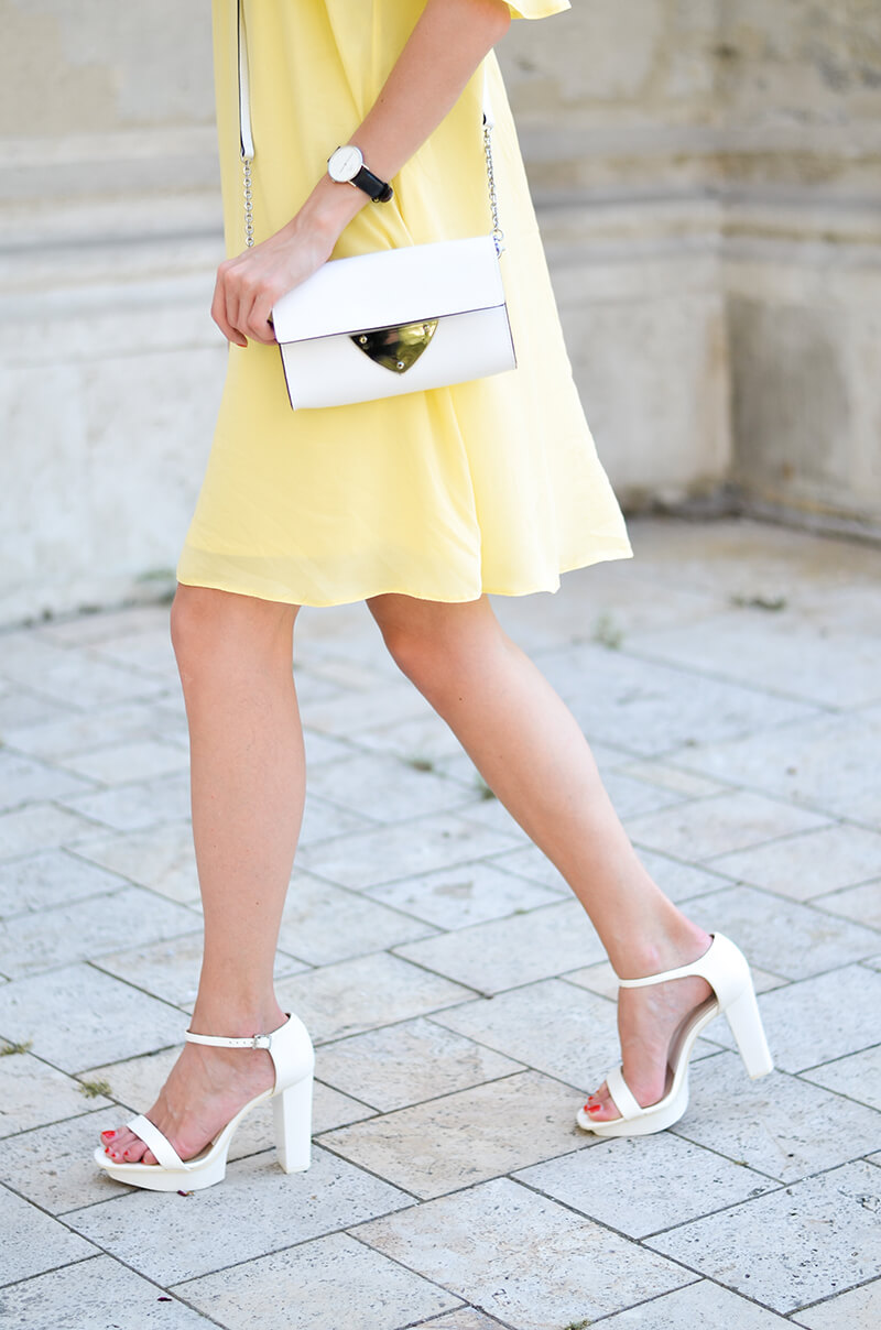 Yellow_dress_coccinelle_outfit_4